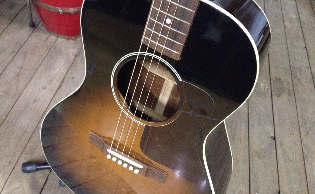ギブソンL-00 VSアコースティックギターを買取させて頂きました。