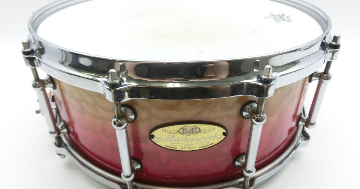 東京都よりパール masterworksのスネアドラムを買い取りさせて頂きました。