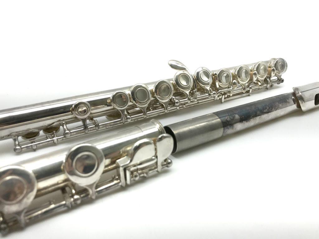 管楽器買取:ヤマハフルート 211SⅡの変色部分
