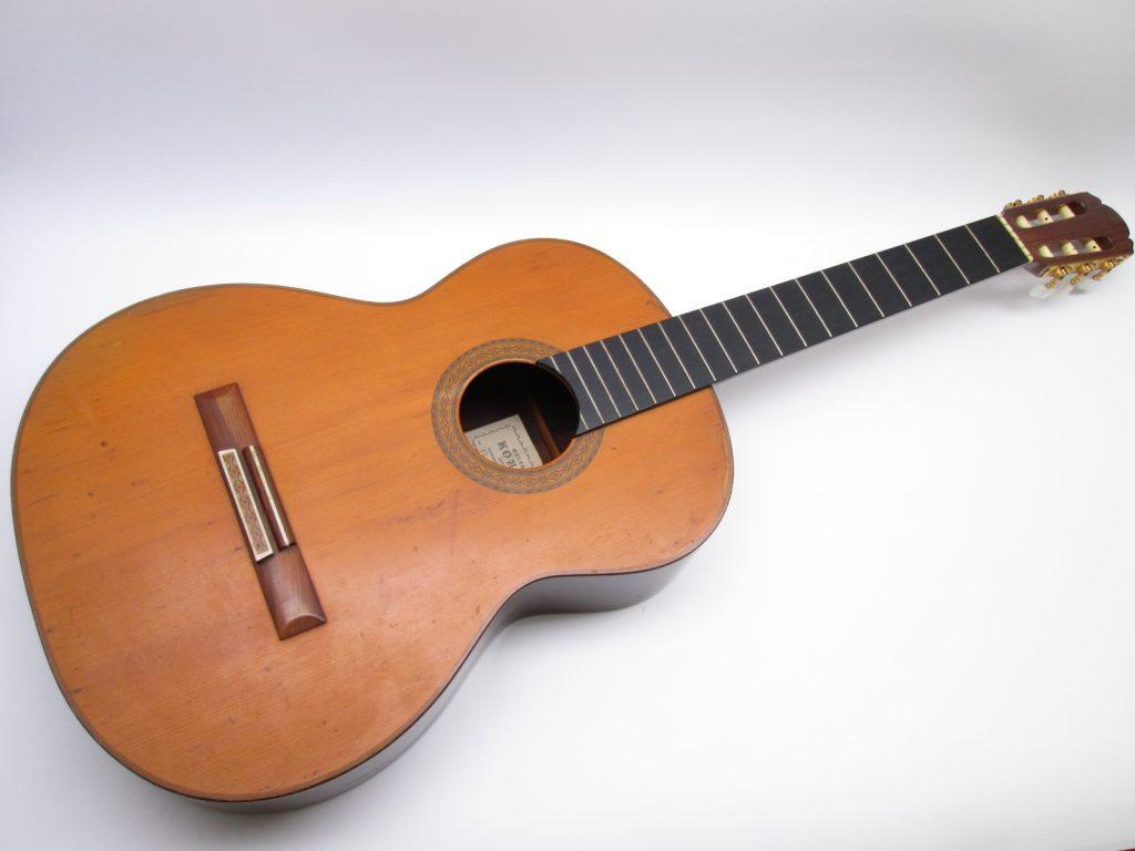 河野賢 no15 1977 クラシックギターを買取させて頂きました。