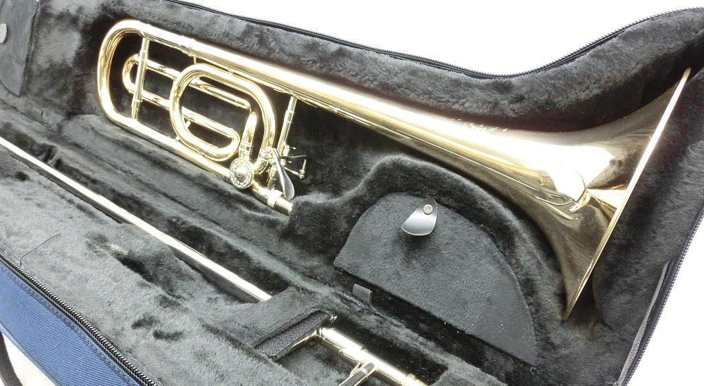 店頭にて、B&S 3085B-GB Challenger テナーバストロンボーンを買い取り頂きました!