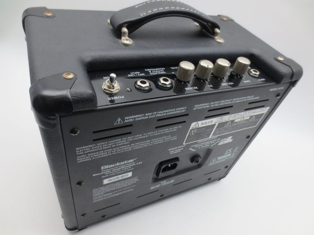 Blackstar HT-1R 真空管ギターアンプ 背面
