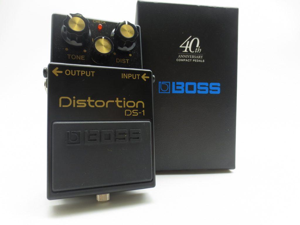 BOSS DS-1 40周年記念モデルの全体写真