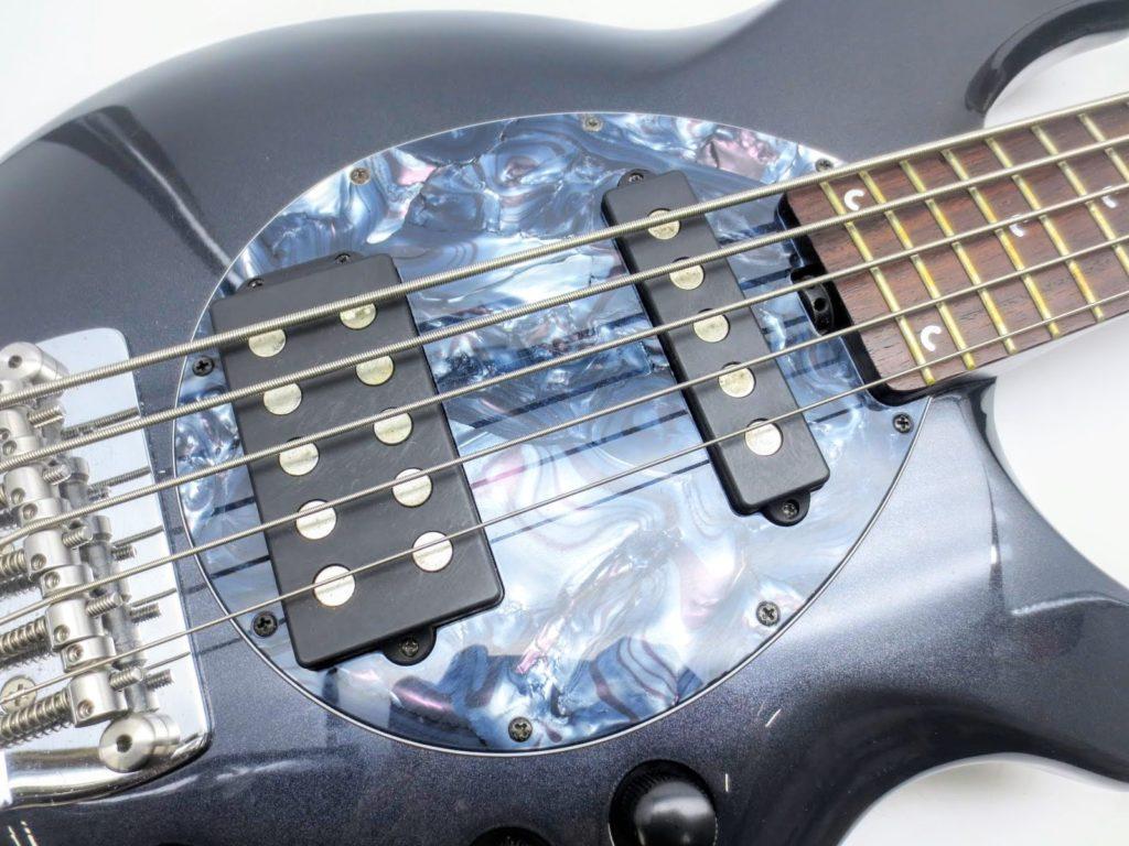MUSICMAN 5弦ベース BONGO-5 SAB HS MTのピックガード
