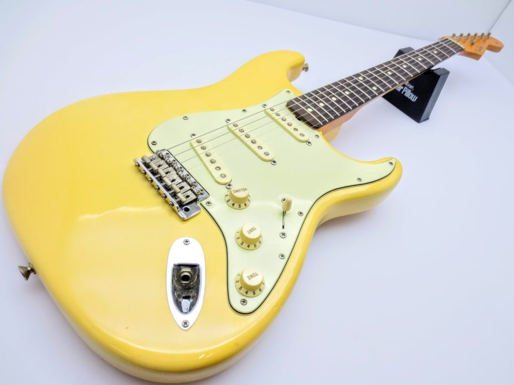 Fender USA Vinstage ST62 Thin Lacquerの全体写真
