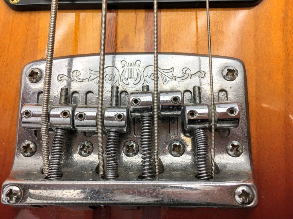 YAMAHA BB2000 Broad Bass 2000のブリッジ