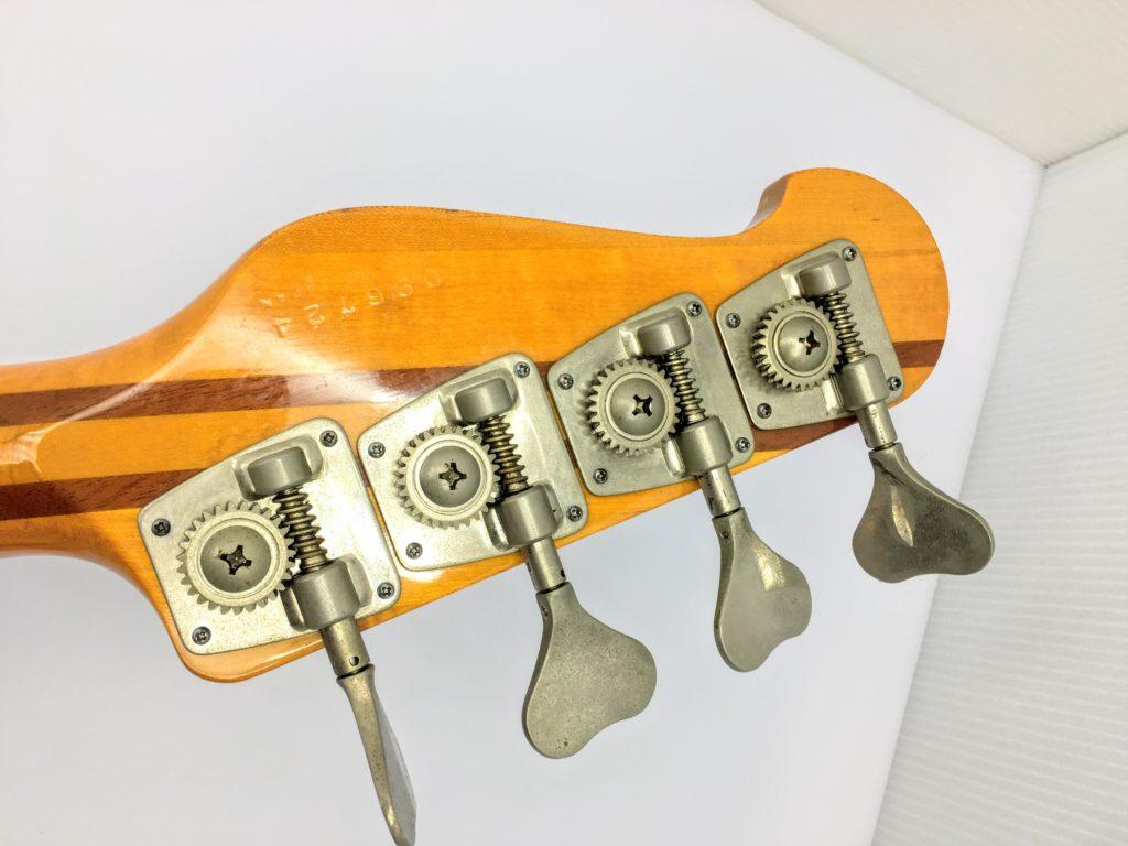 YAMAHA BB2000 Broad Bass 2000のヘッド裏・ペグ