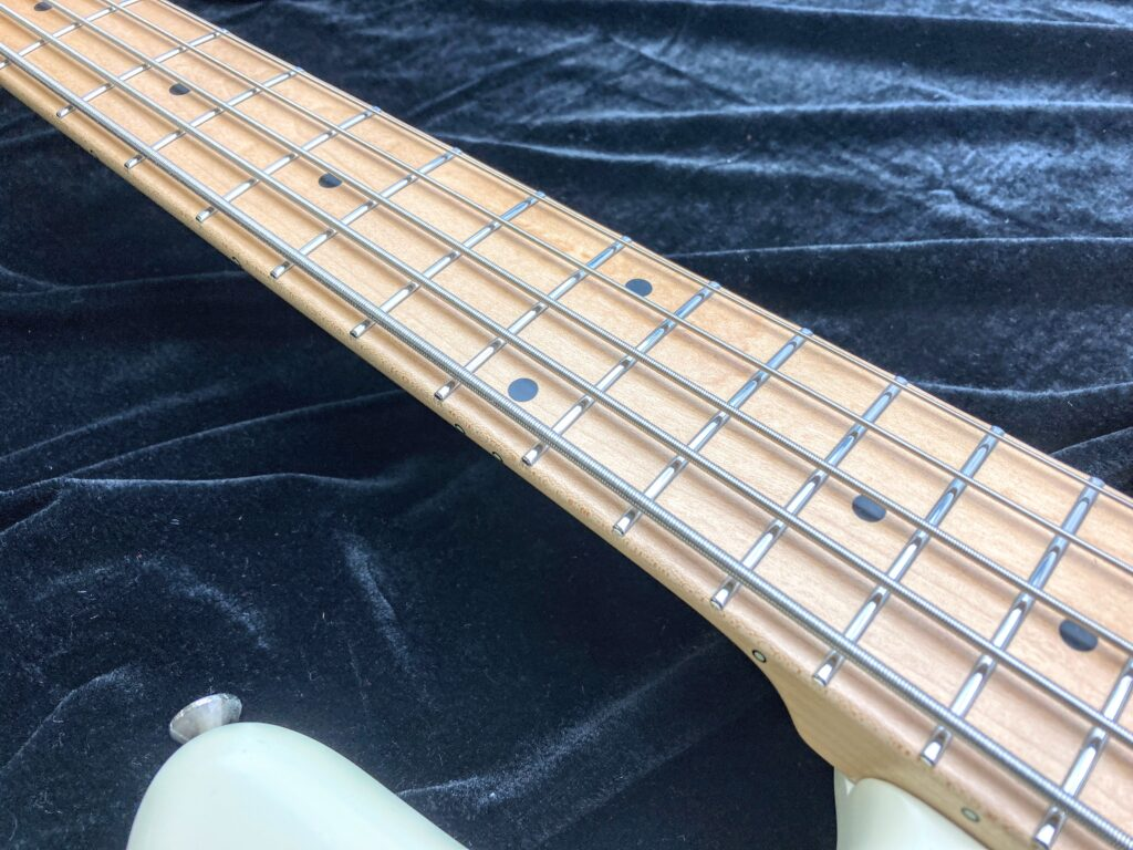 Freedom Custom Guitar Research Anthra 5th alder ネック